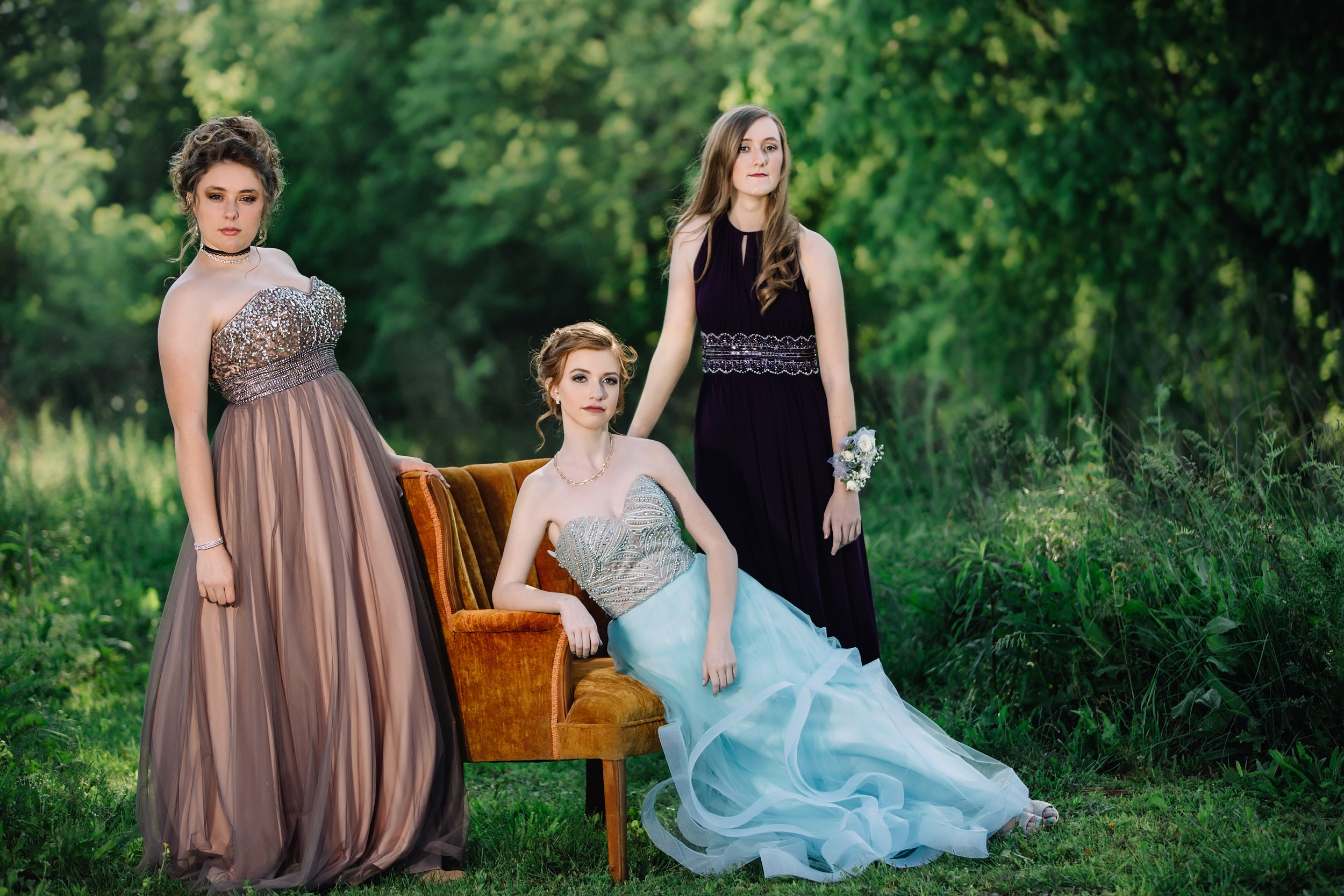 Prom mini sessions with friends, combined sessions, editorial Vanity Fair and Vogue looks...what do you want to do with your custom senior portrait session?