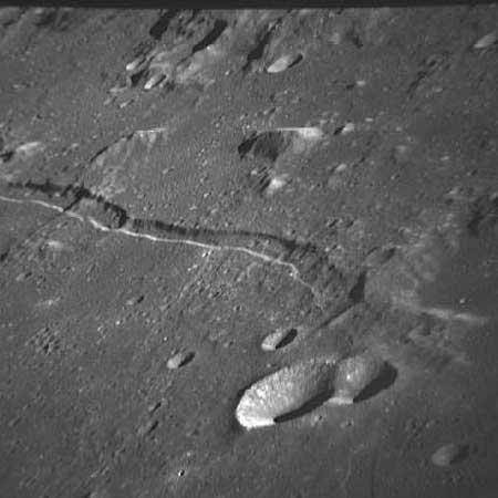 Graben feature Rima Ariadaeus by Apollo 10 mission. Credit: LPI.