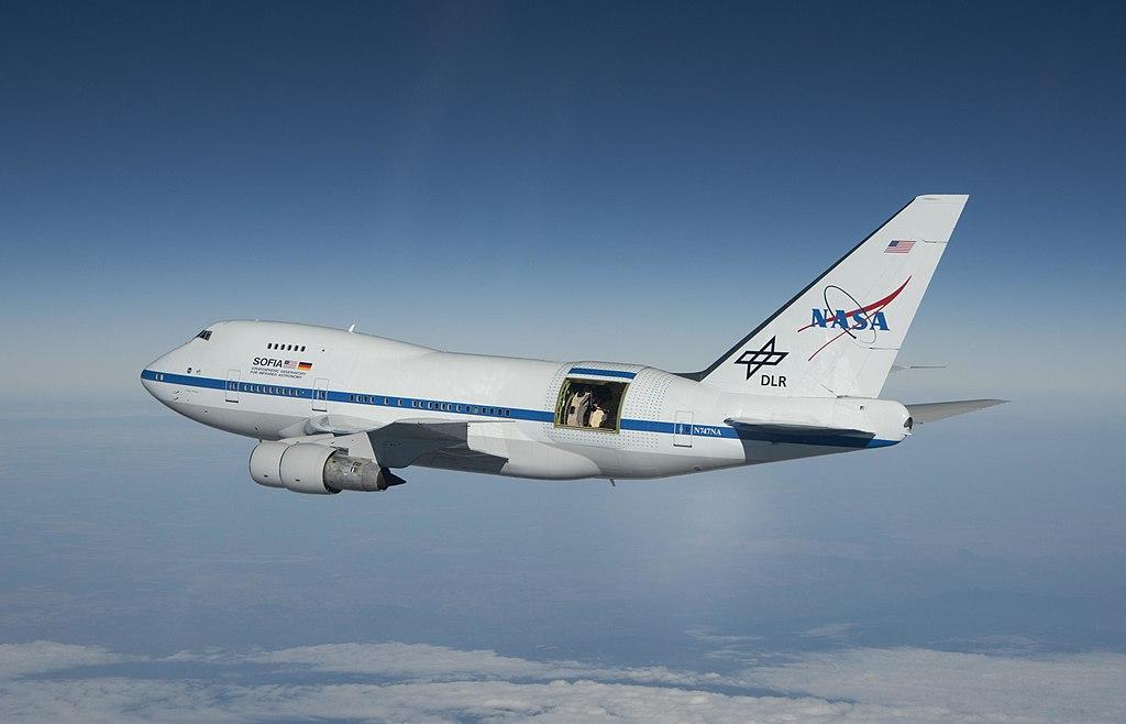 SOFIA taking flight! Image credit: NASA/Jim Ross