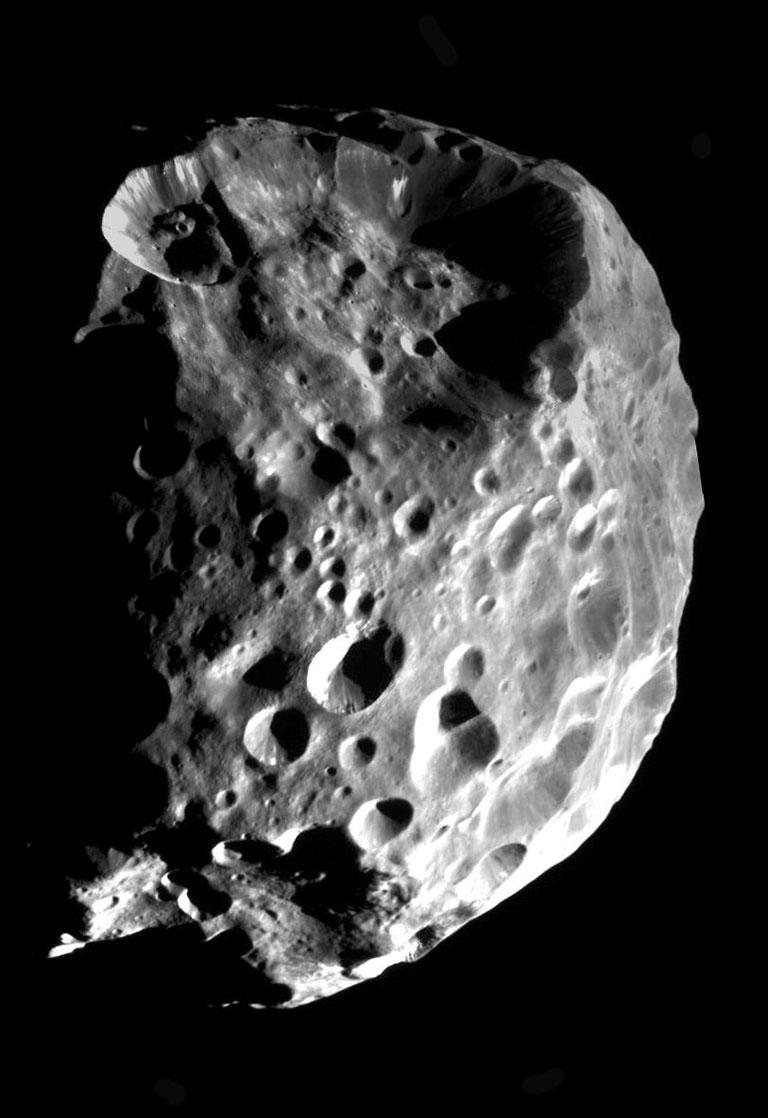 Cassini image of Phoebe in 2004. Image credit: NASA, JPL, VIMS Team, ISS Team, U. Arizona