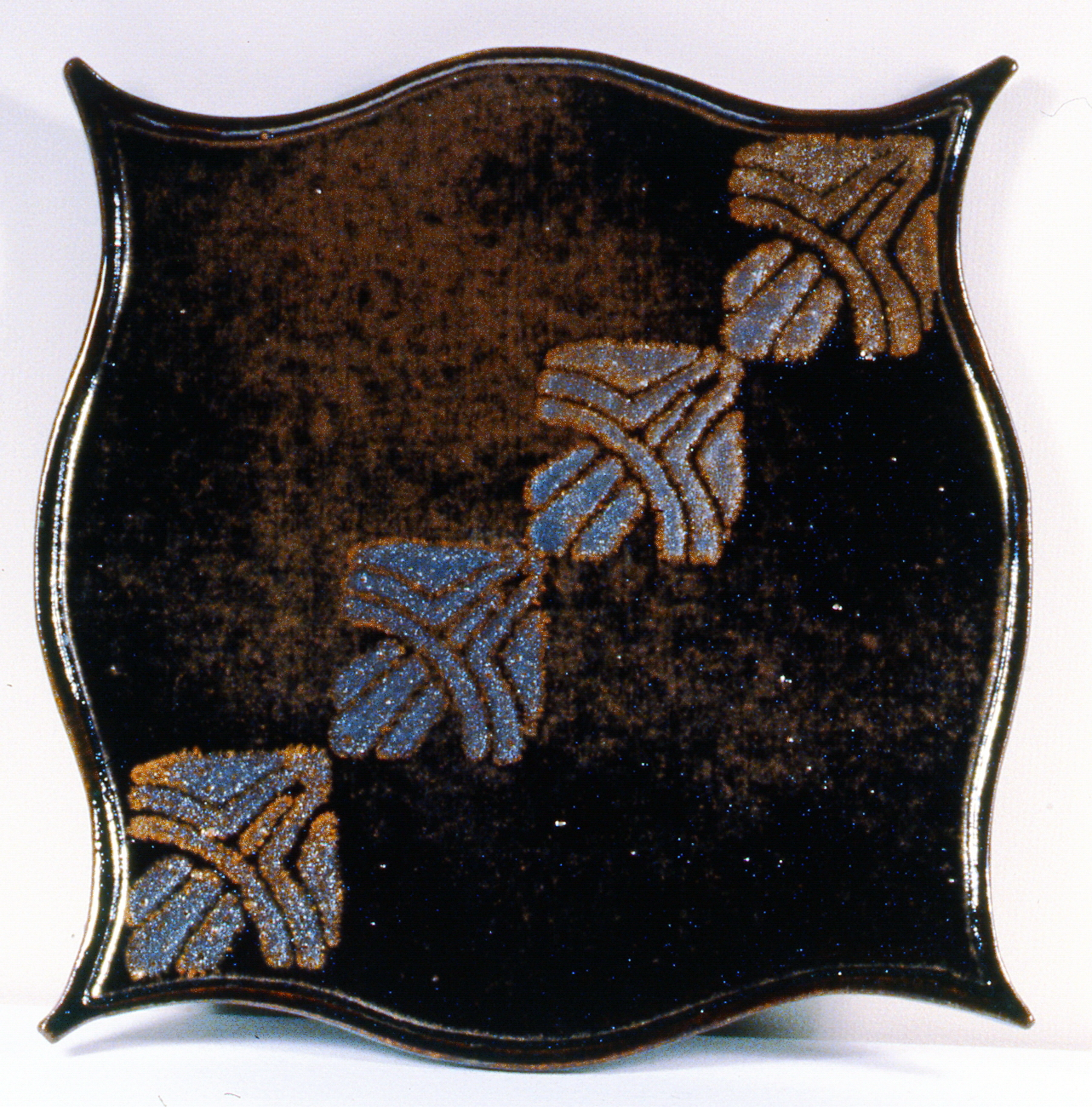 Plate , Anonymous Canadian 20th Century Artist, 1986.06.01