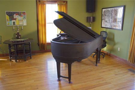 ballroom-piano.jpg