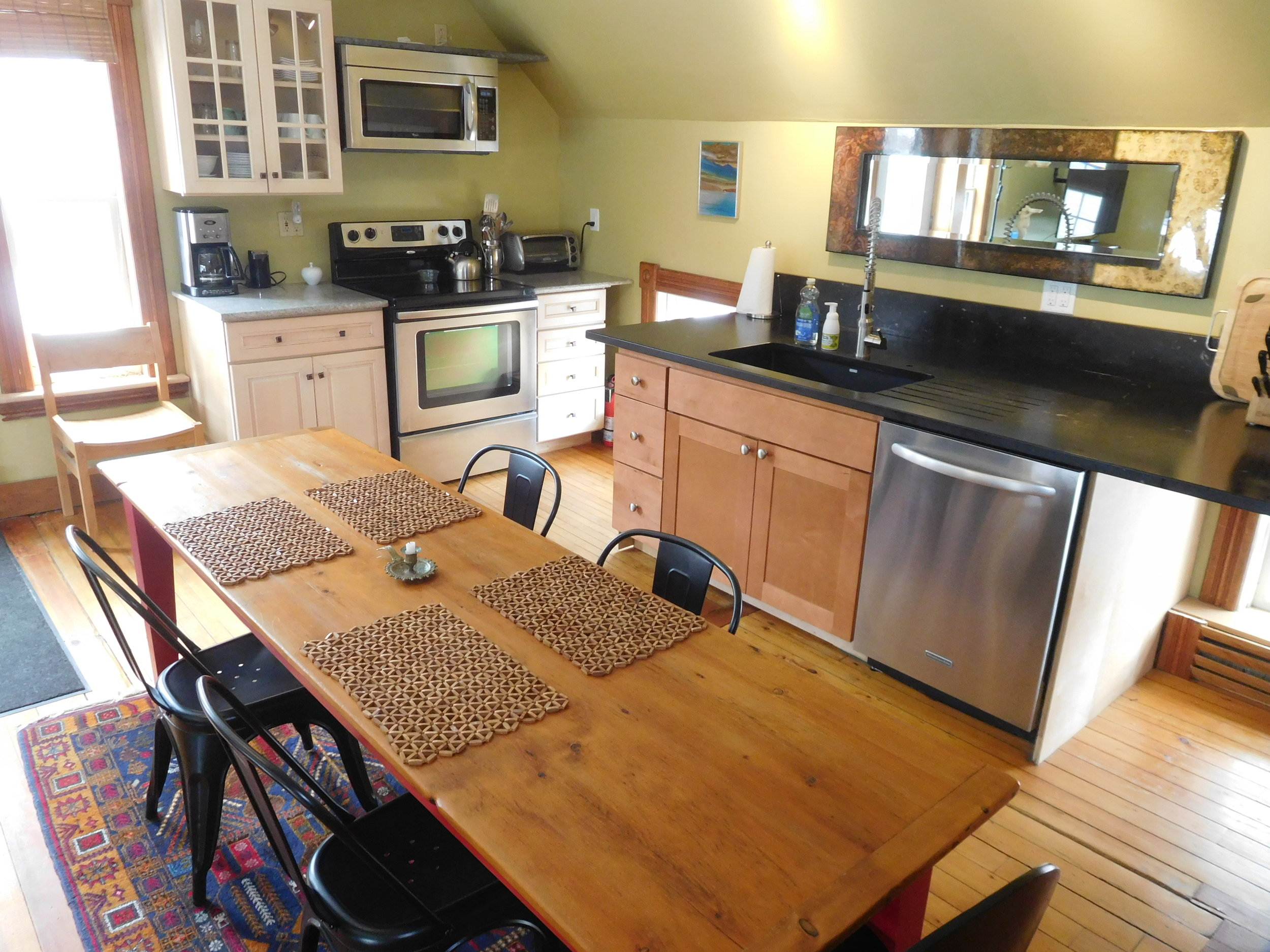 Carriage House kitchen, stainless appliances