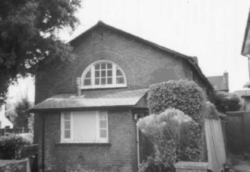 st matthews church avenue road hall