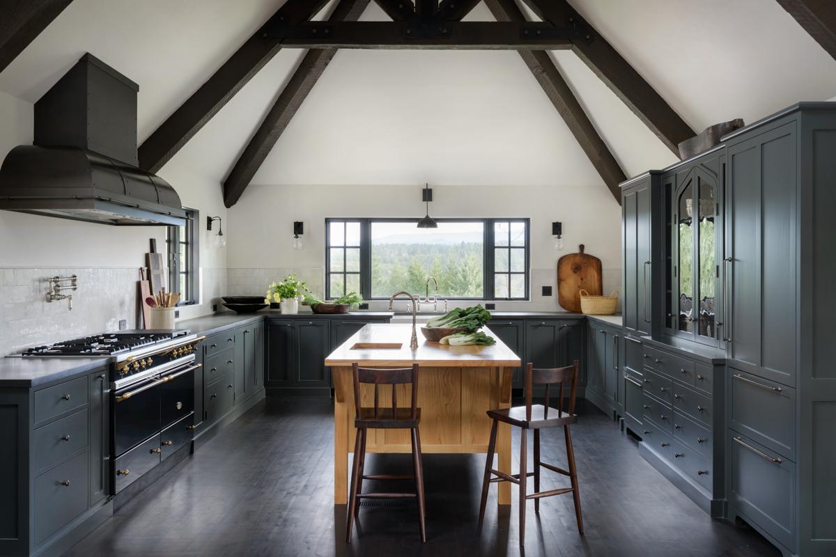 01_JHID_Estacada_kitchen.jpg