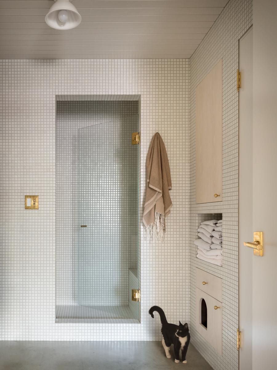 15_JHID_PearlLoft_bathroom.jpg