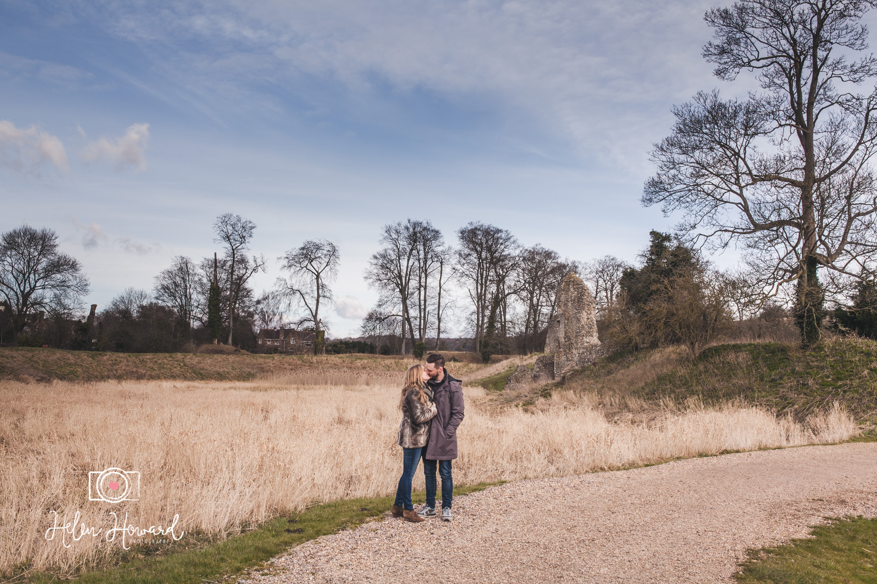 Couples Shoot in the grounds of Berkhamsted Castle on a winter morning