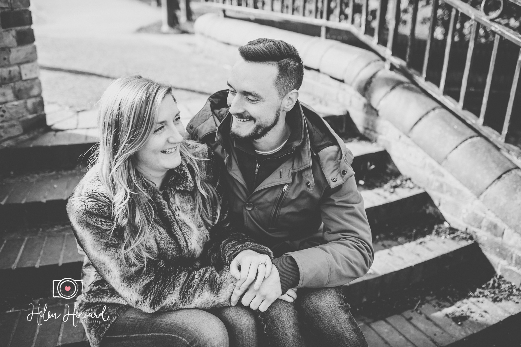 Black and white image of a couple having a pre wedding shoot in berkhamsted