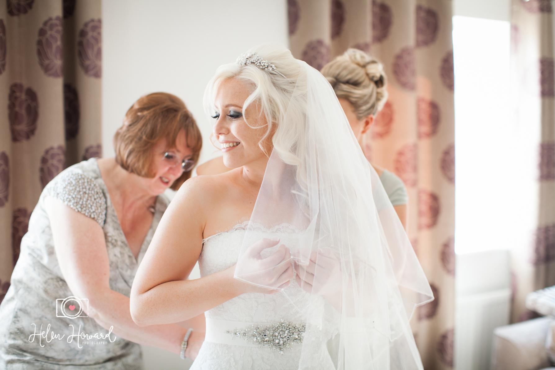 Bride Getting ready lichfield wedding photographer