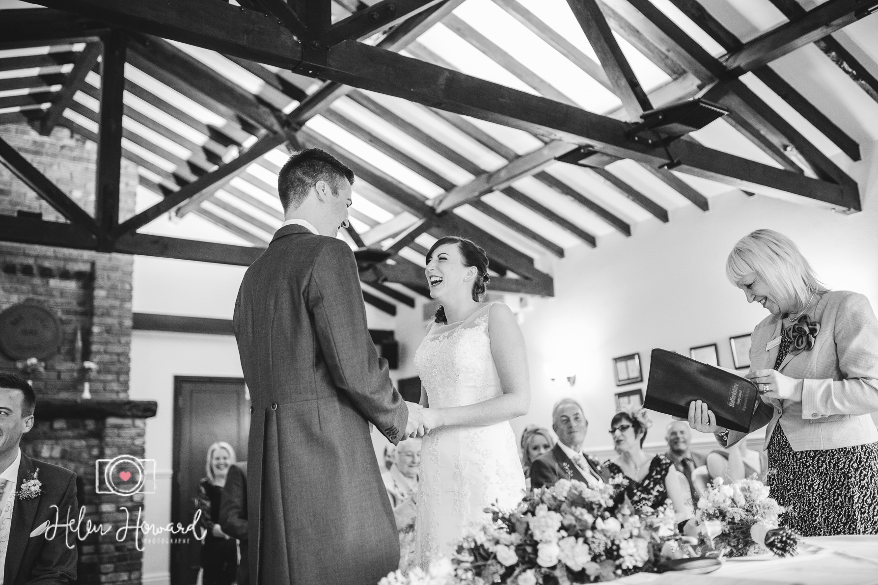 Oak FArm Hotel Cannock Wedding Photography-3.jpg