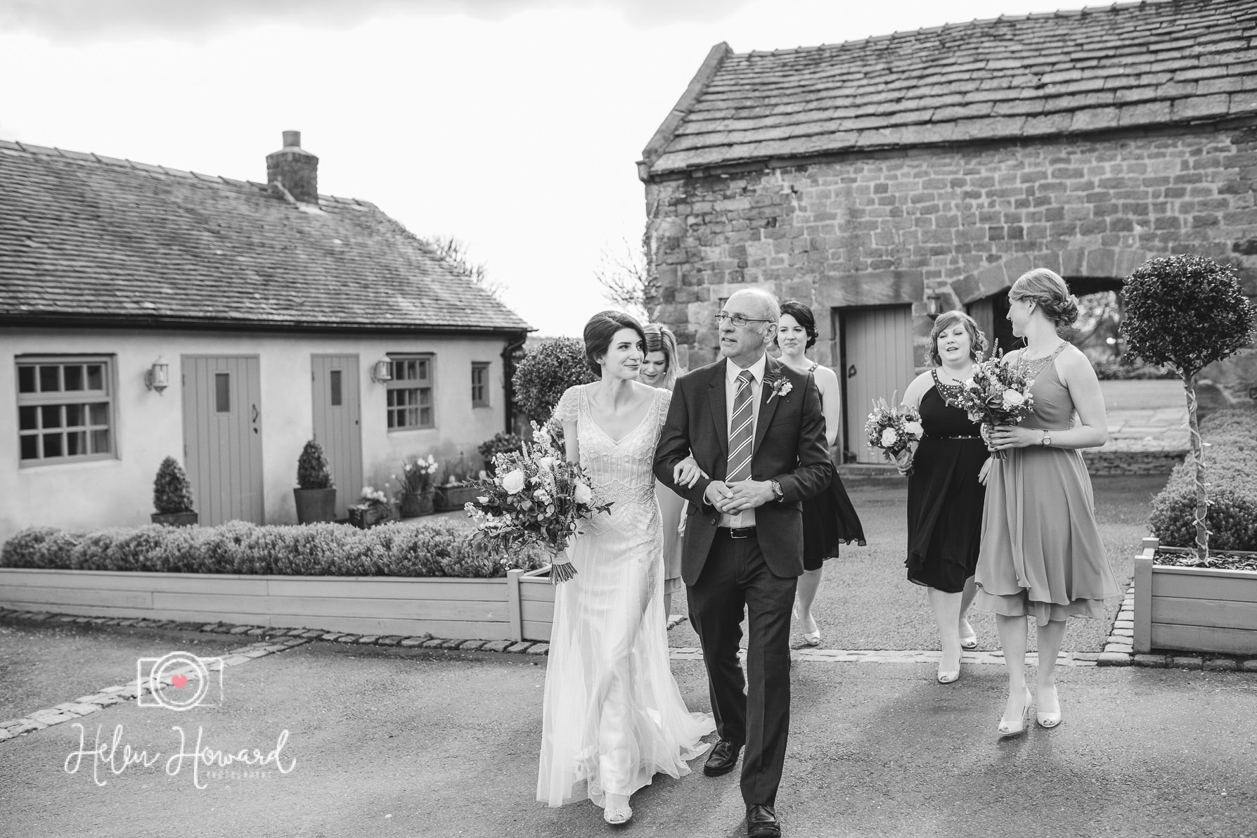 Dad and Bride approaching the Ashes barn for the ceremony