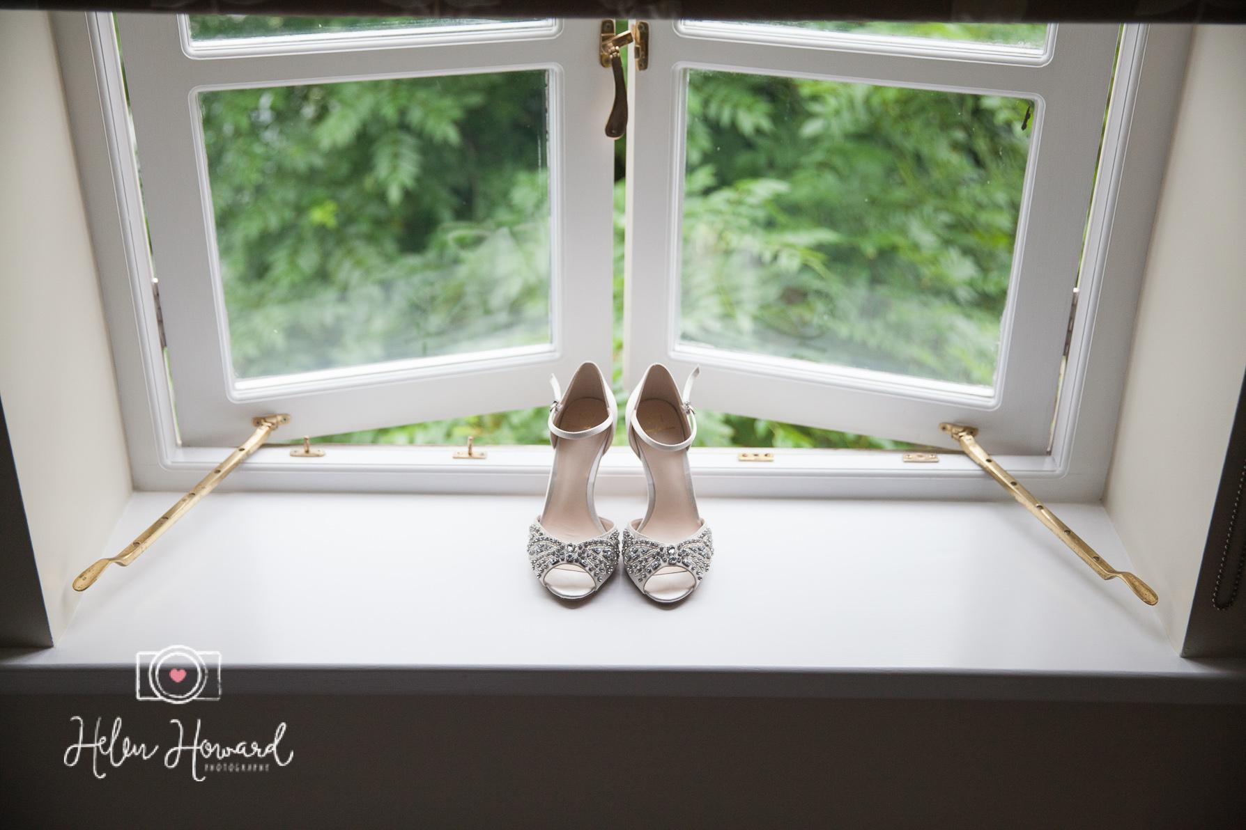 Helen Howard Photography Packington Moor Wedding-13.jpg