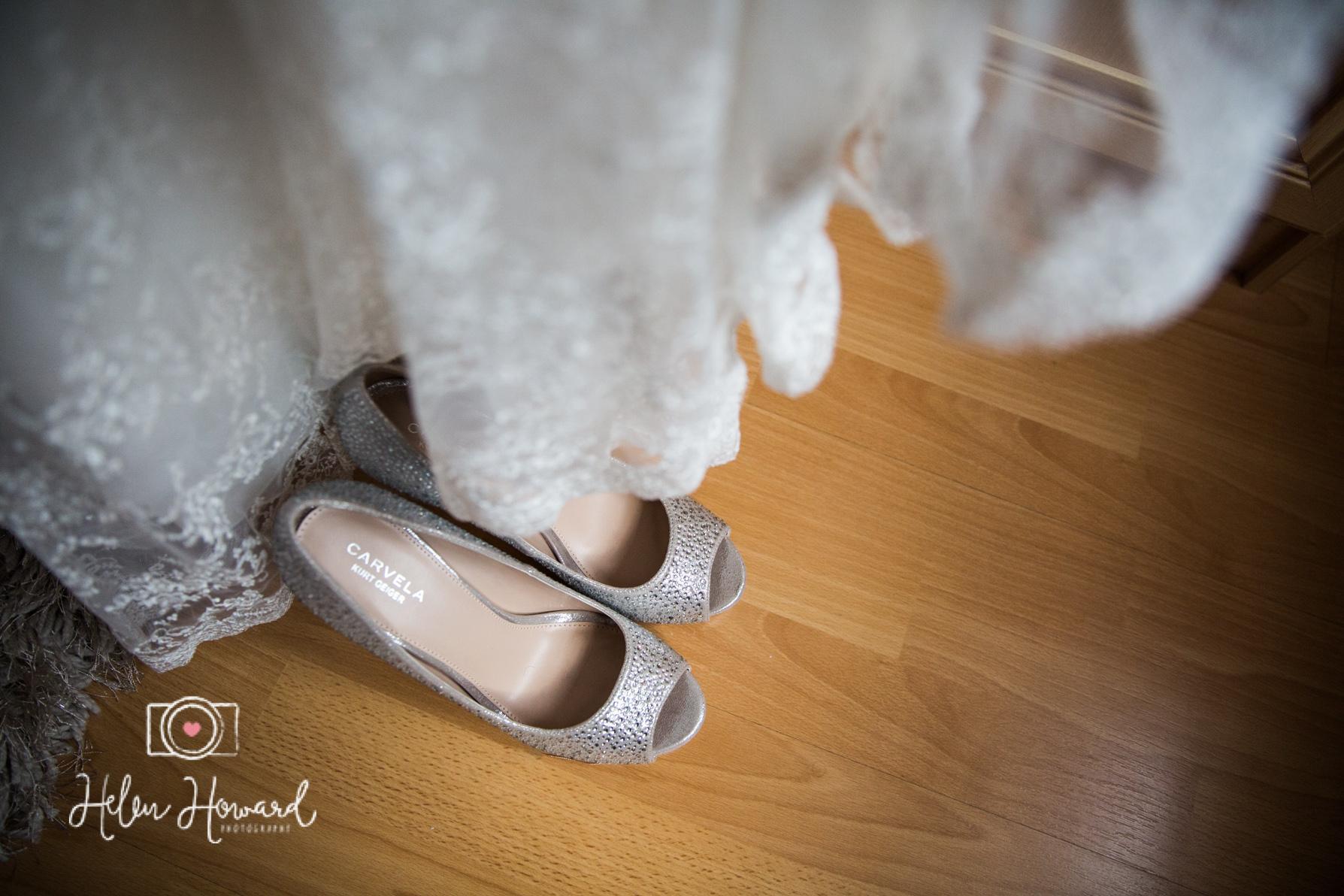 Shustoke Farm Barns Wedding Photography by Helen Howard-4.jpg