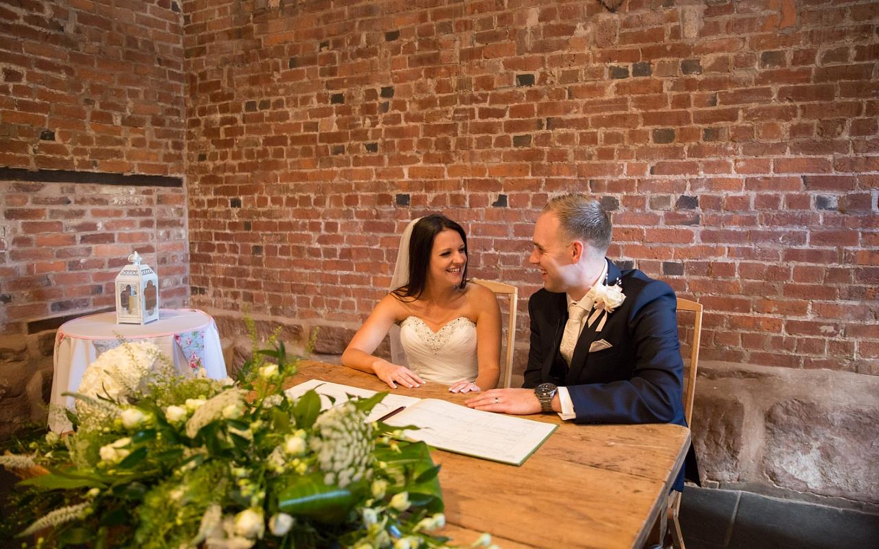Curradine Barns Wedding Photographer Helen Howard 047 (Sheet 47).jpg