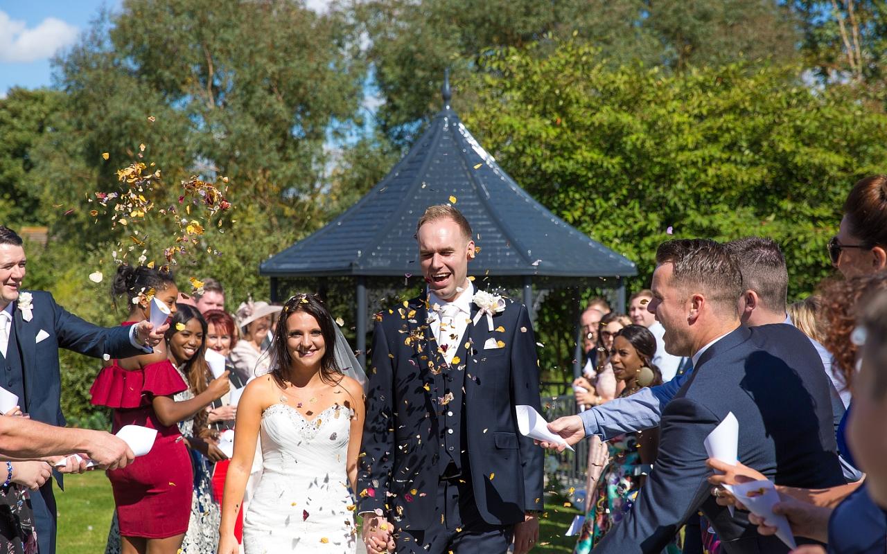 Curradine Barns Wedding Photographer Helen Howard 067 (Sheet 67).jpg