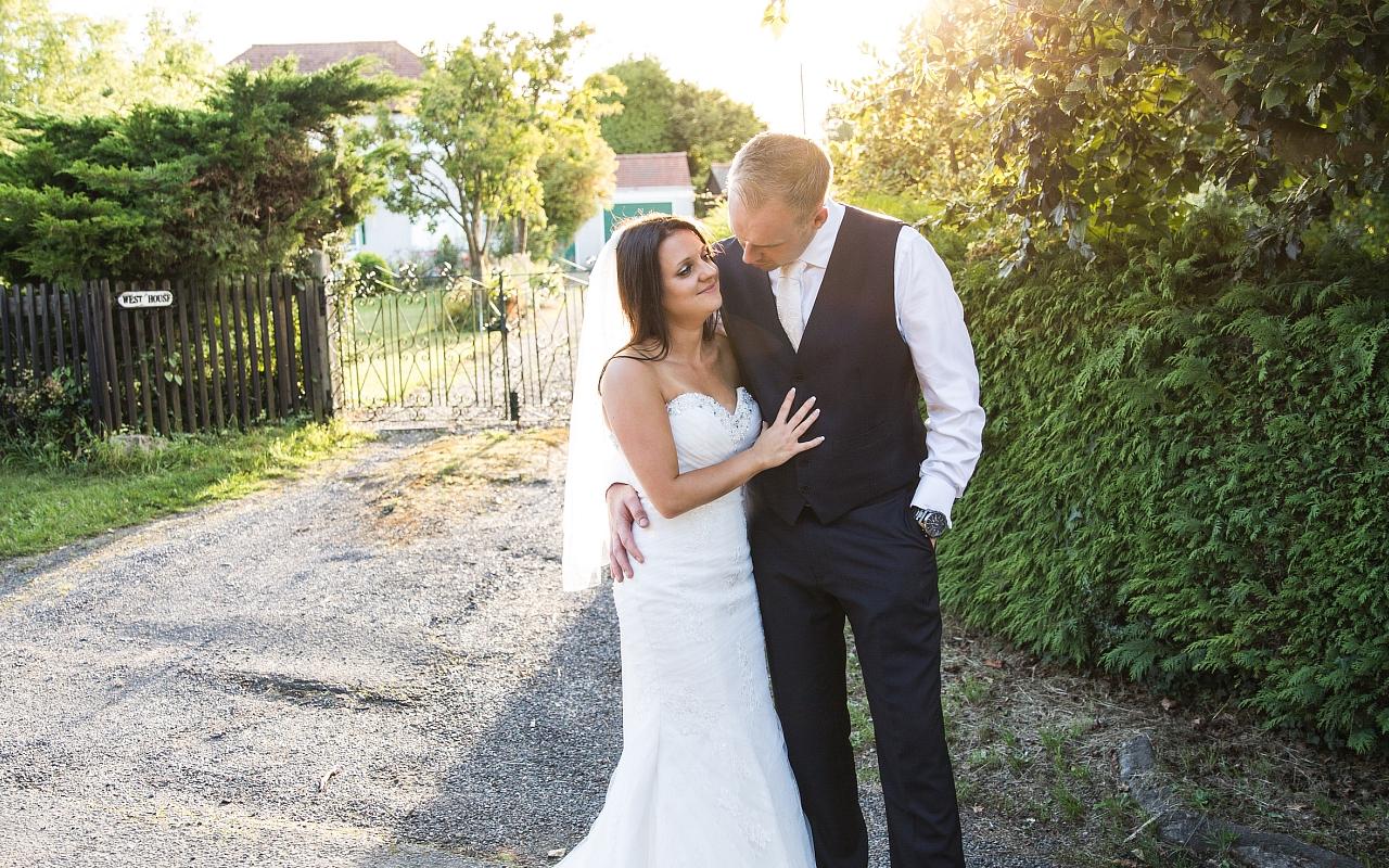 Curradine Barns Wedding Photographer Helen Howard 089 (Sheet 89).jpg