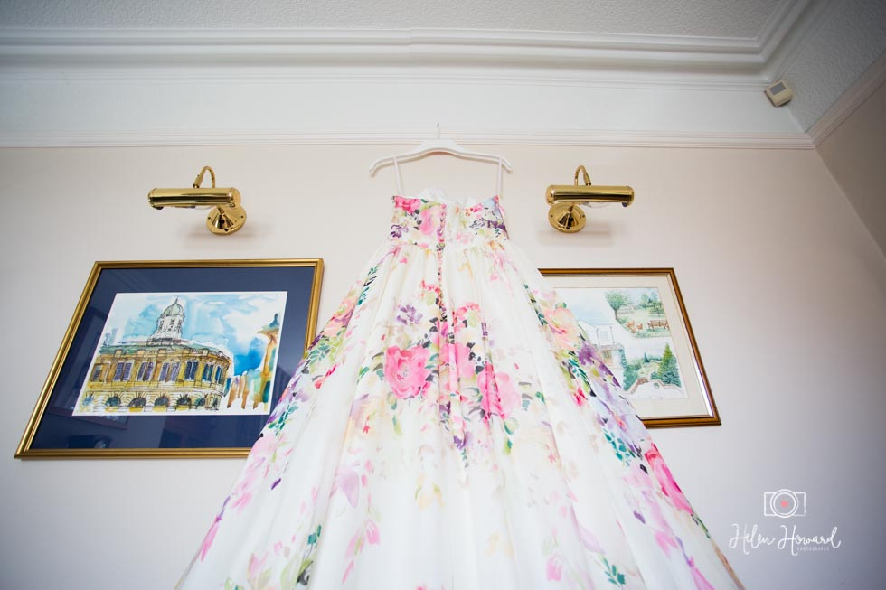 Beautiful Charlotte Balbier Wedding Dress Photographer-51.jpg