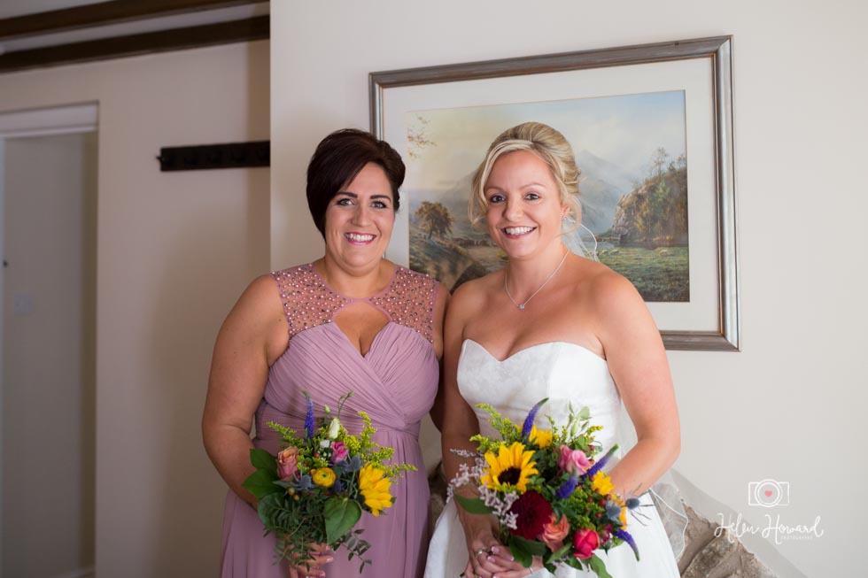 Barn-Wedding-in-somerset-204.jpg