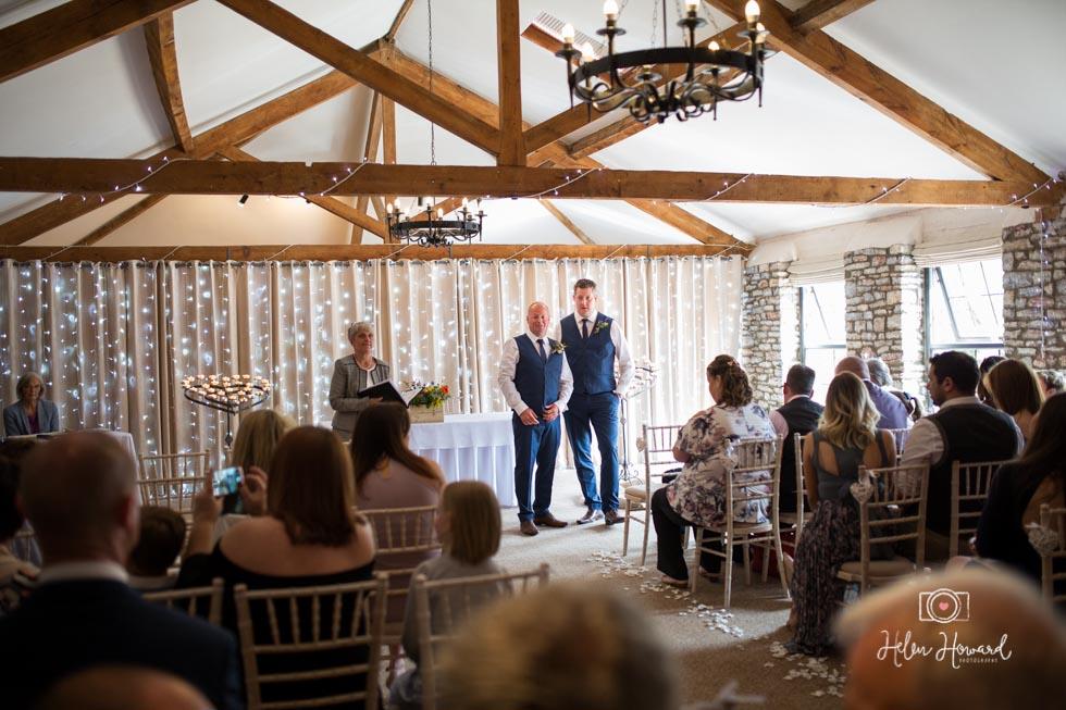Barn-Wedding-in-somerset-288.jpg