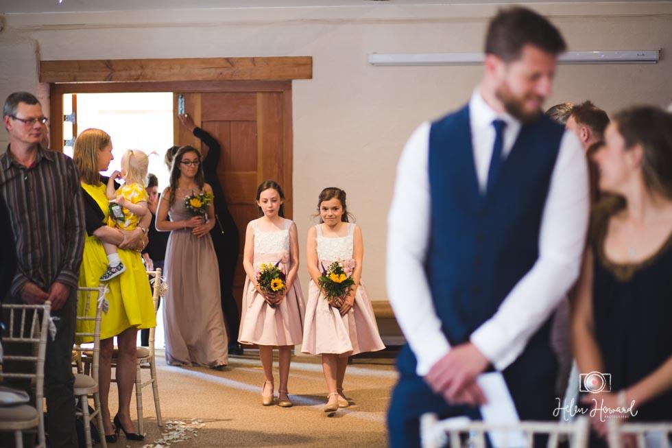 Barn-Wedding-in-somerset-307.jpg