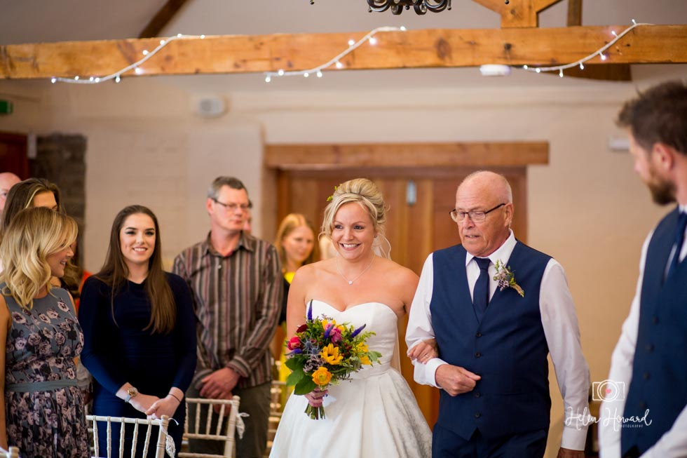 Barn-Wedding-in-somerset-319.jpg