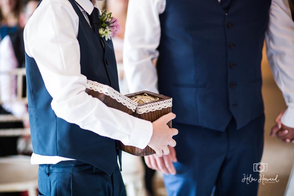 Barn-Wedding-in-somerset-382.jpg