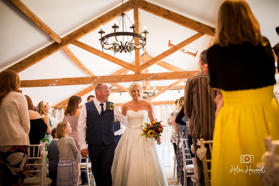 Barn-Wedding-in-somerset-441.jpg