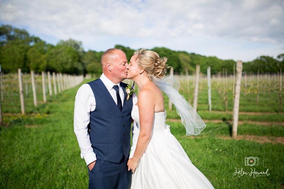 Barn-Wedding-in-somerset-580.jpg