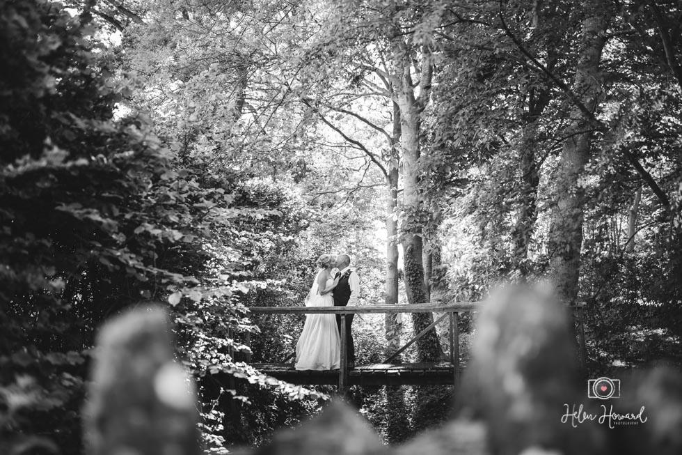 Barn-Wedding-in-somerset-609.jpg