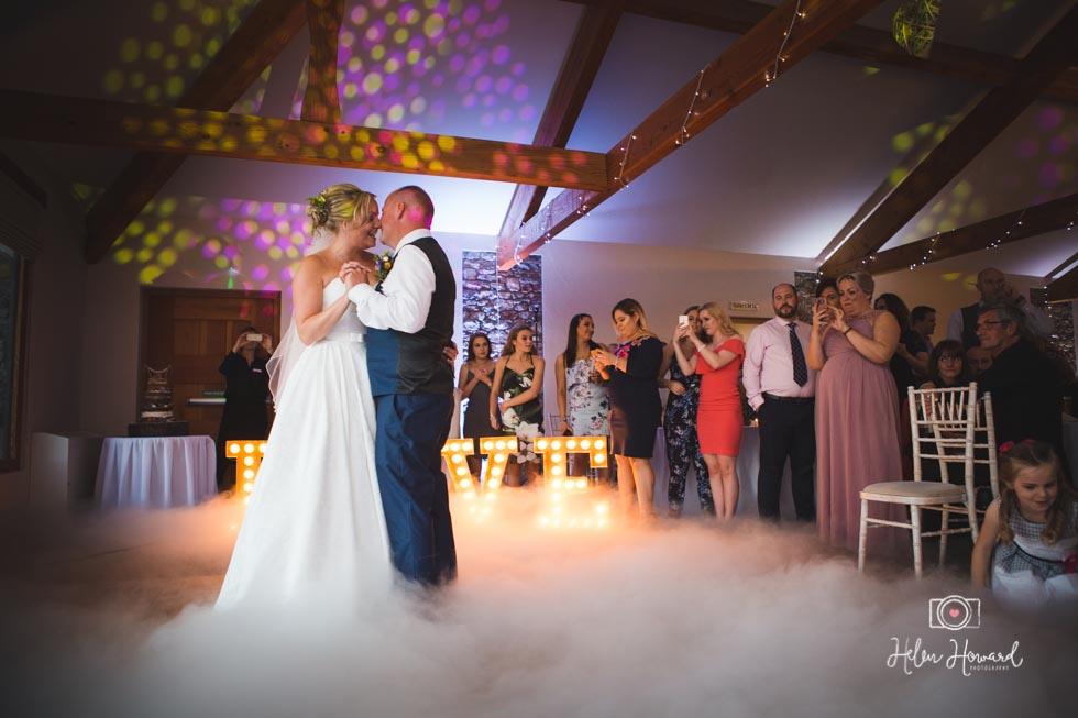 Barn-Wedding-in-somerset-819.jpg