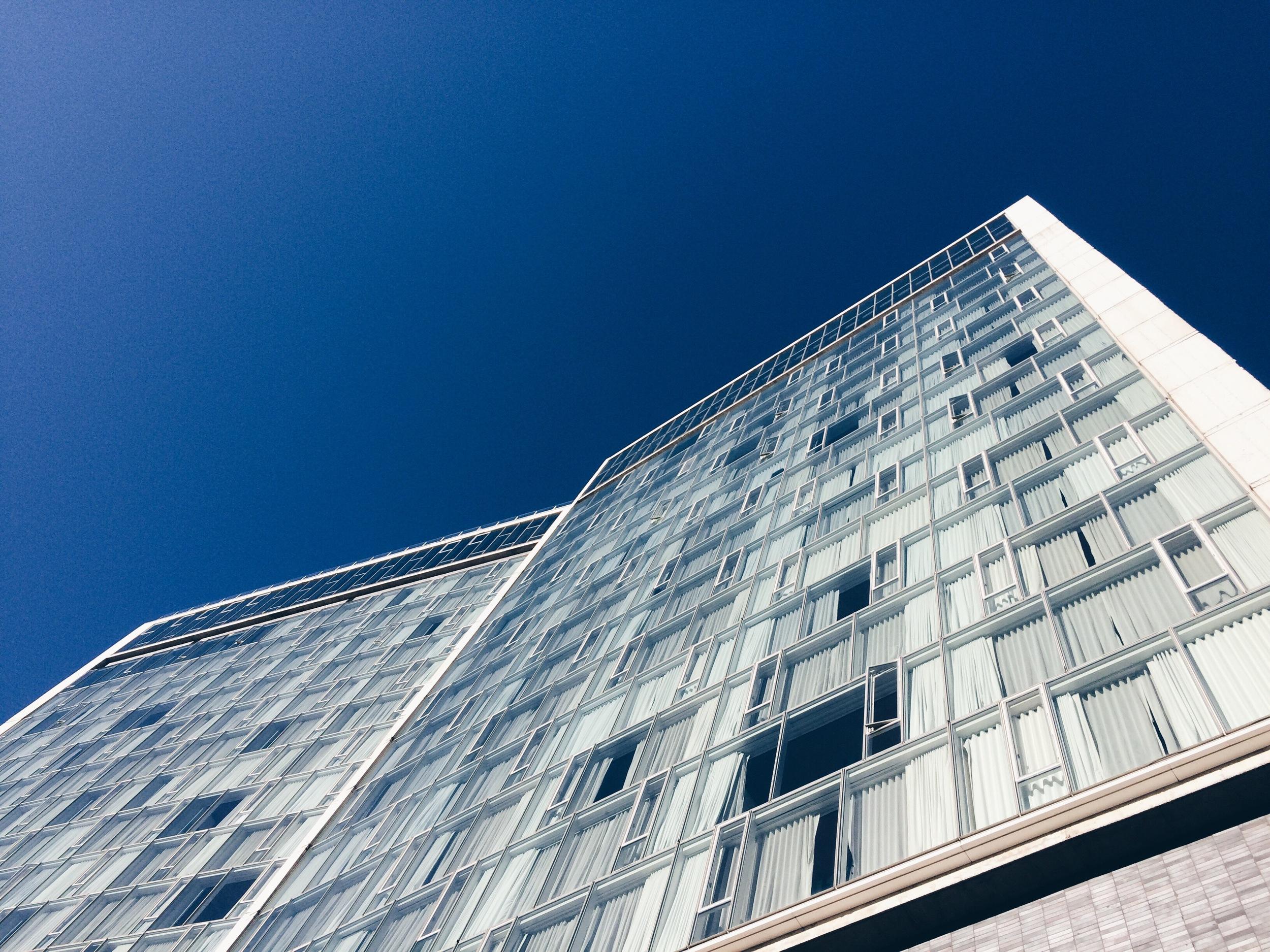 manhattan, new york   the standard hotel by ennead architects