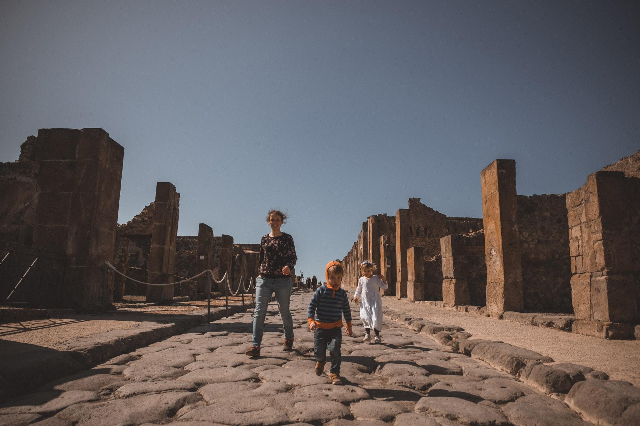 010-wedding-photographer-in-pompeii.jpg
