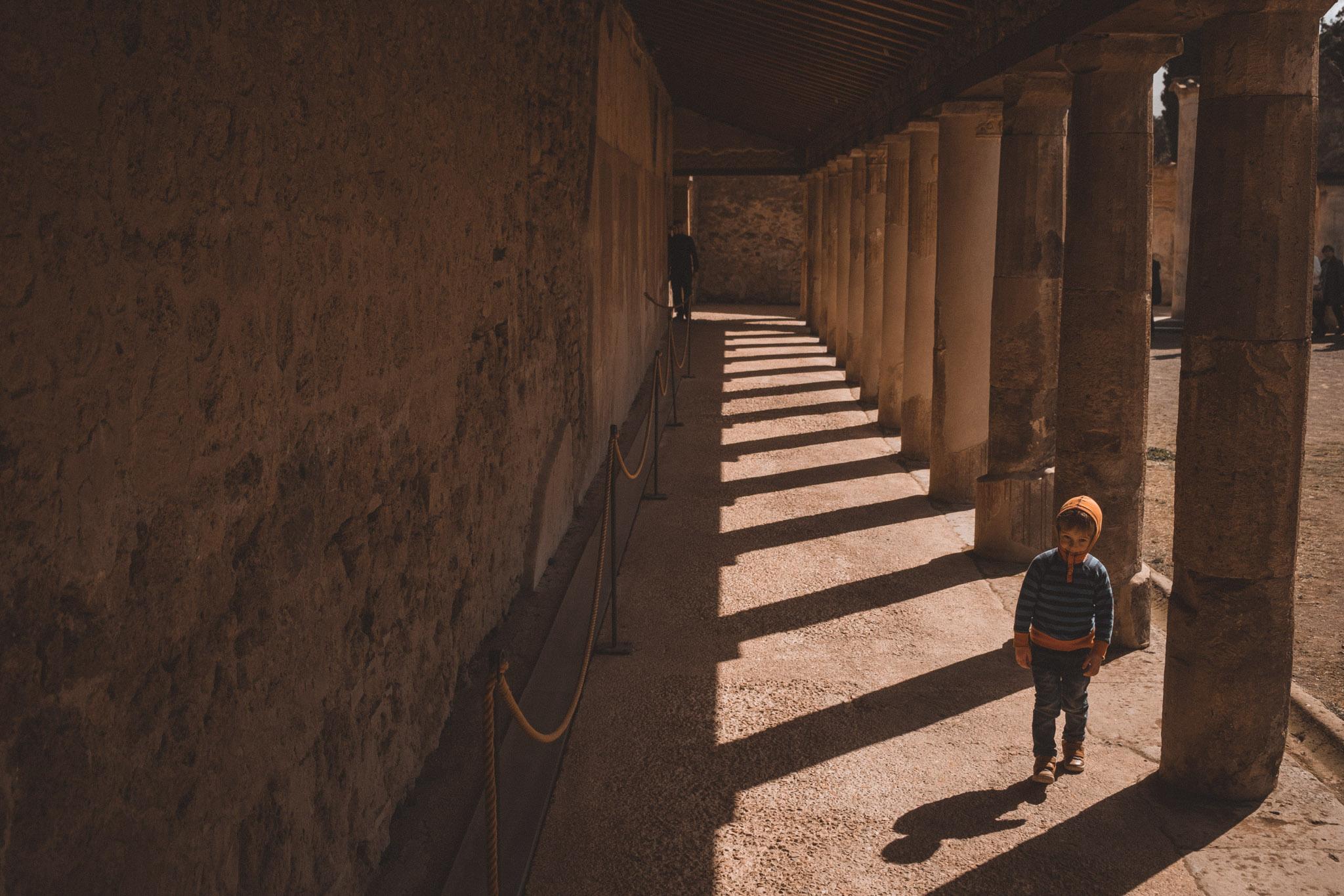 012-wedding-photographer-in-pompeii.jpg