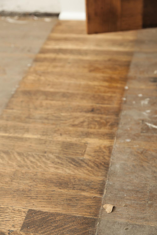 Clean Lines, Floor Detail