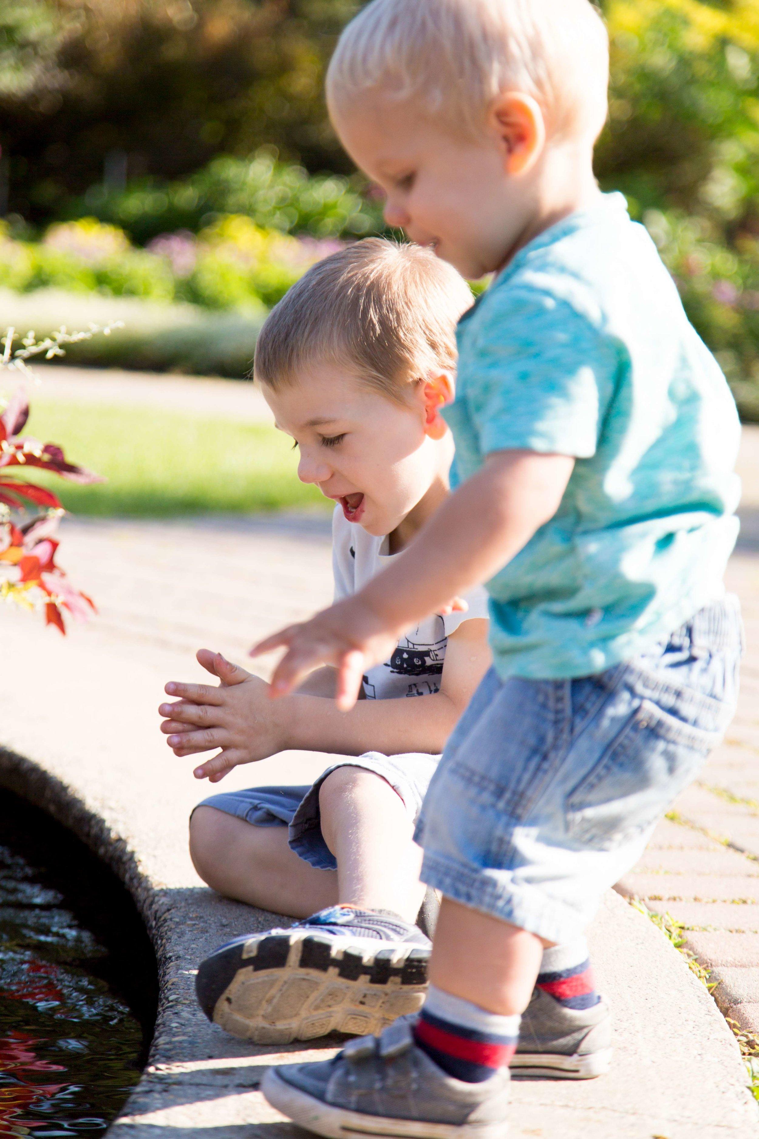 Alison & Lucas 38-K900.jpg
