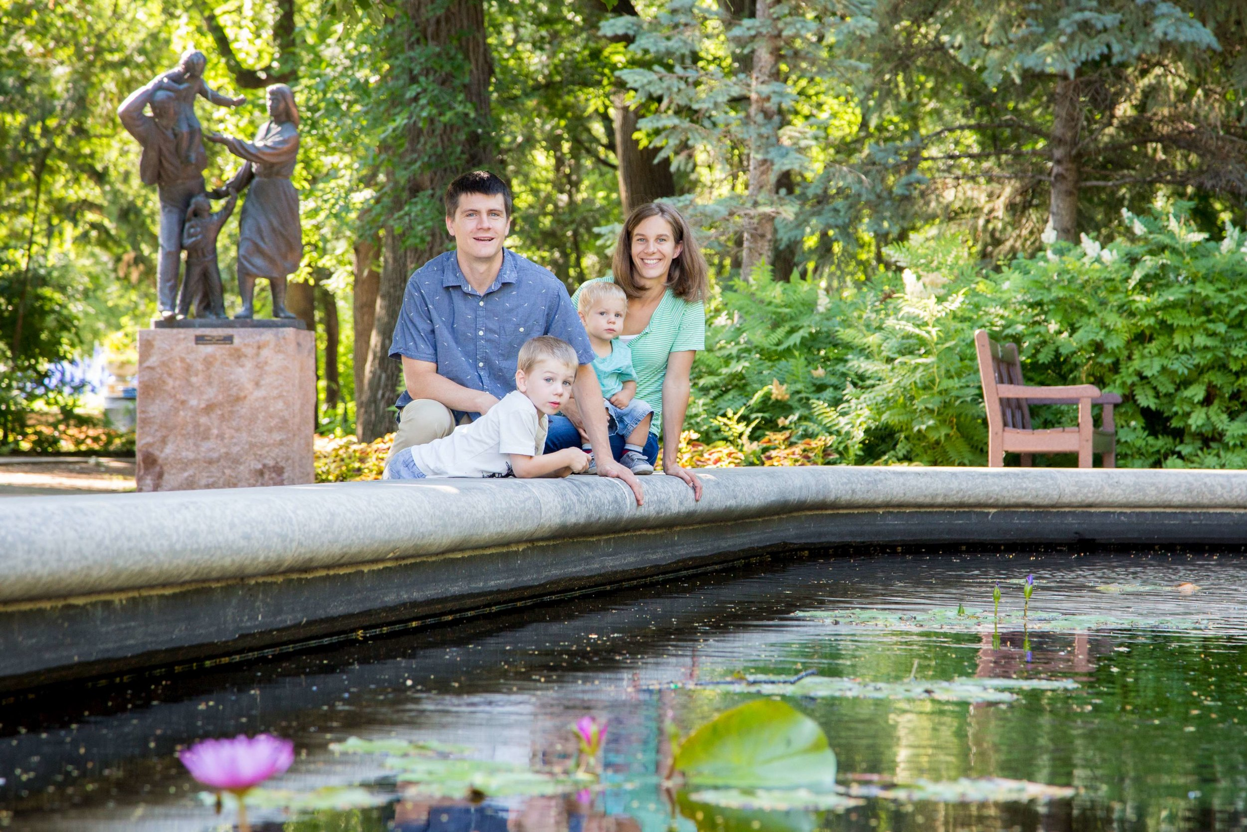 Alison & Lucas 66-K900.jpg