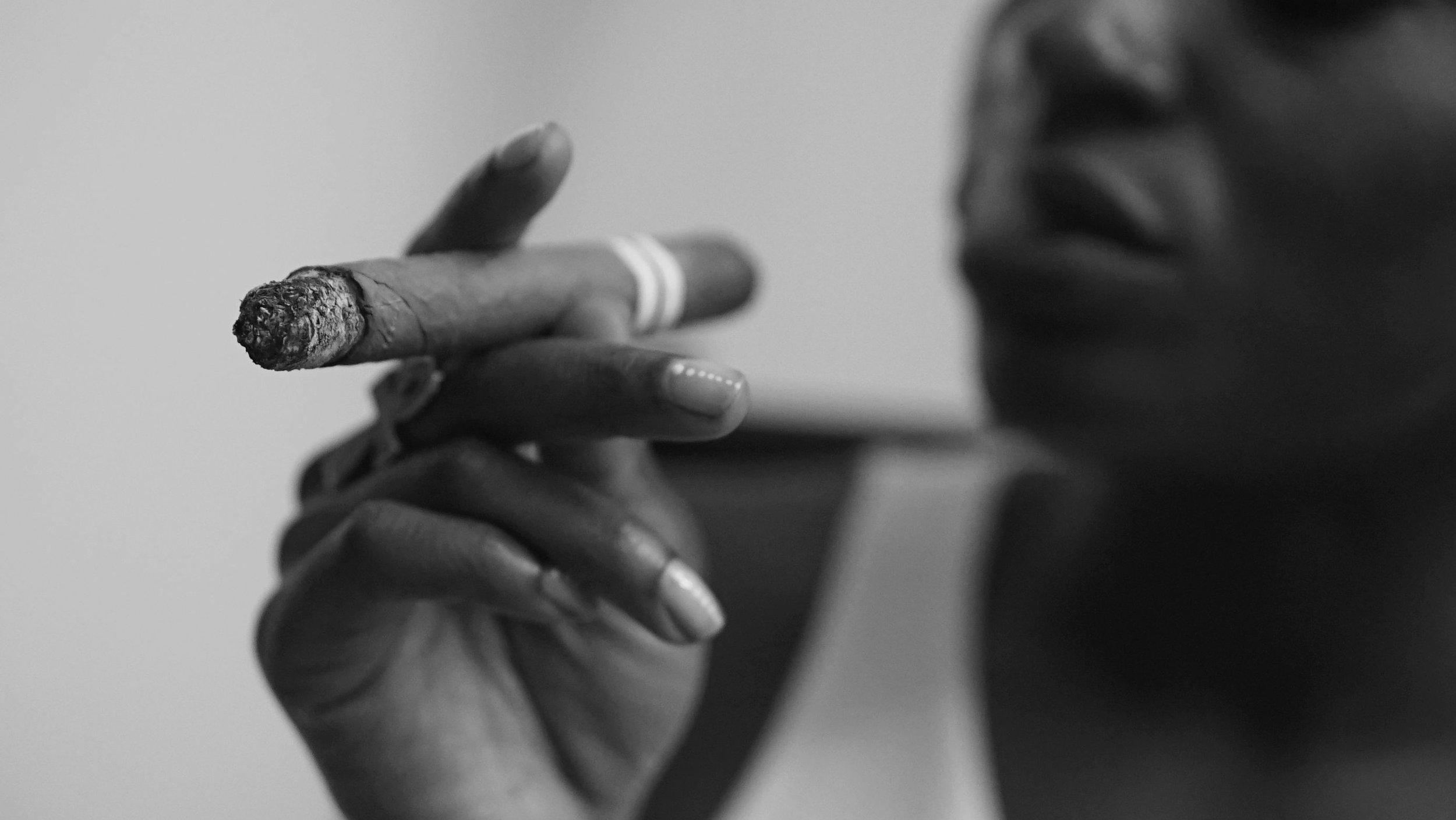 Bianca Jeanty Hit Cuba - Smoking a Cuban Cigar.jpg