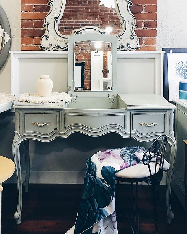 matching vanity & dresser now available in a beautiful french-inspired soft pistachio green finish with leaf-gilded hardware  #bohemestl #bohemeatelier #shopsmallstl #shopsmallstlouis #stlboutique #shoplocalstl #cherokeestreet #cherokeestreetstl #cherokeeantiquerow #eclecticdecor #frenchdecor #bohodecor #anniesloanchalkpaint #anniesloanstockist