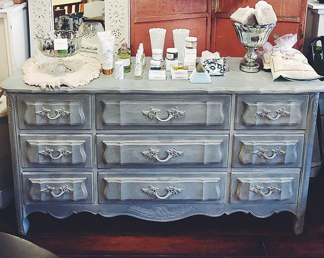 new piece available! this 9-drawer french provincial dresser is in wonderful condition and has been refinished in a warm grey with a subtle taupe wash. matching lingerie chest also available.  #bohemestl #cherokeeantiquerow #cherokeestreet #stlboutique #shoplocalstl #shopsmallstl #chalkpaint #anniesloanchalkpaint #anniesloan #frenchdecor #eclecticdecor #bohodecor