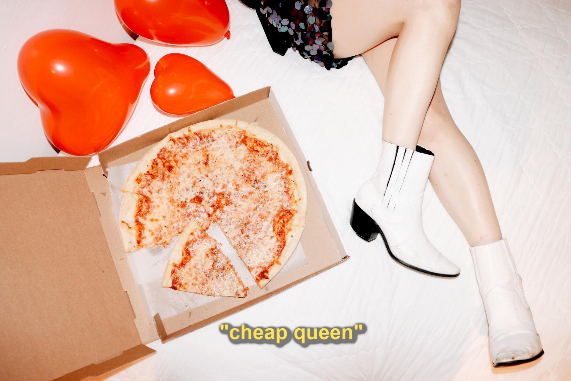 cheap queen 2.jpg