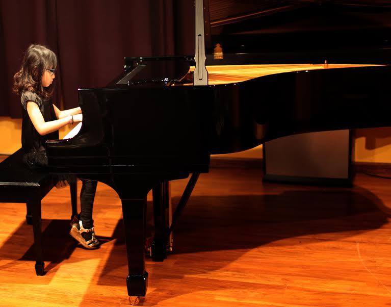 3- holiday recital 2014.jpg