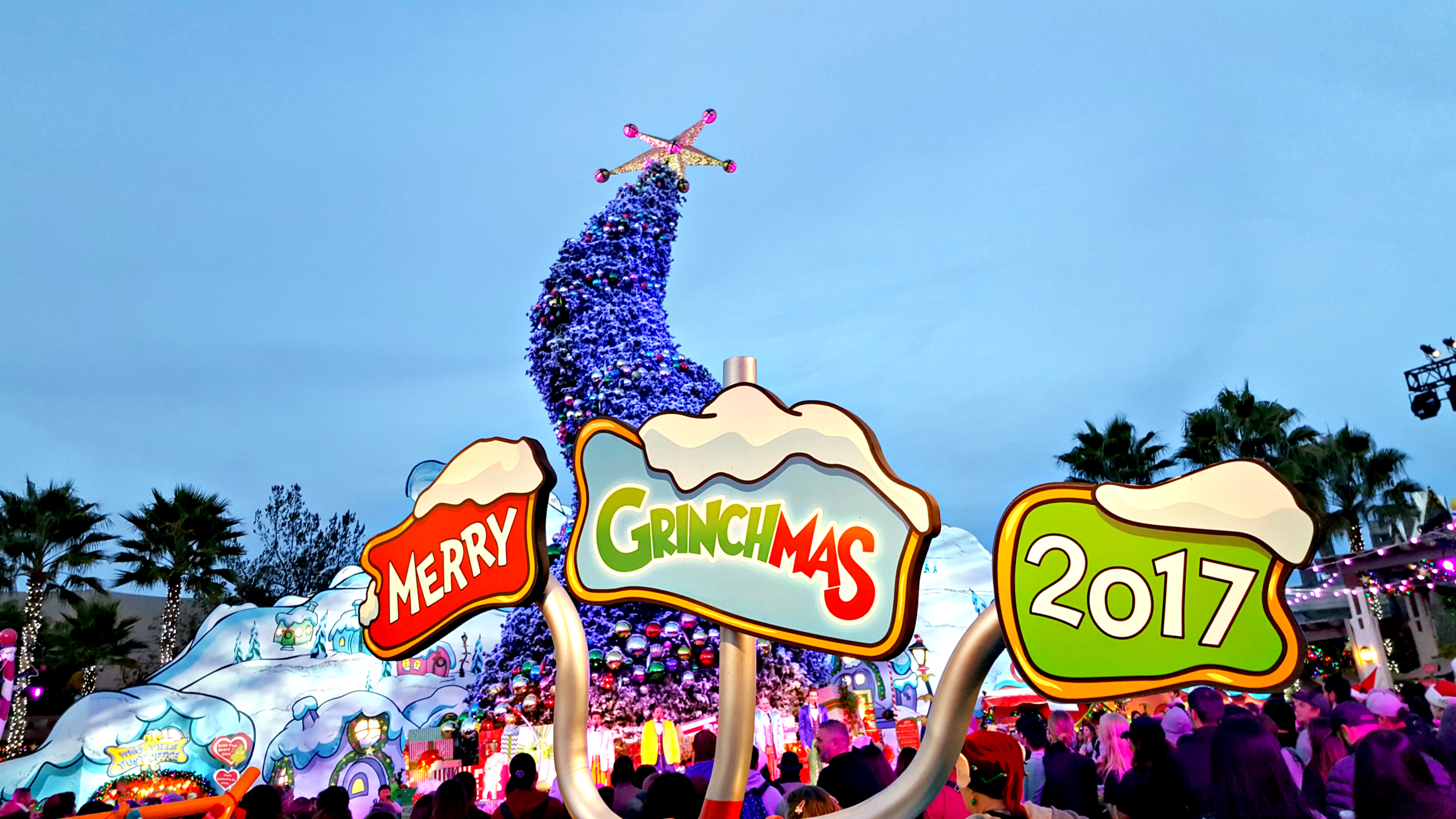 #Grinchmas17_02.png