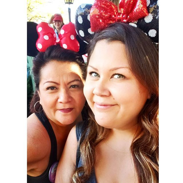 Feliz dia de Las Madres to my Madre! (@lindalmdodgerfan) Thank you for all you do for me and the girls. We love you mucho!  #diadelasmadres #mom #mothersday #disney