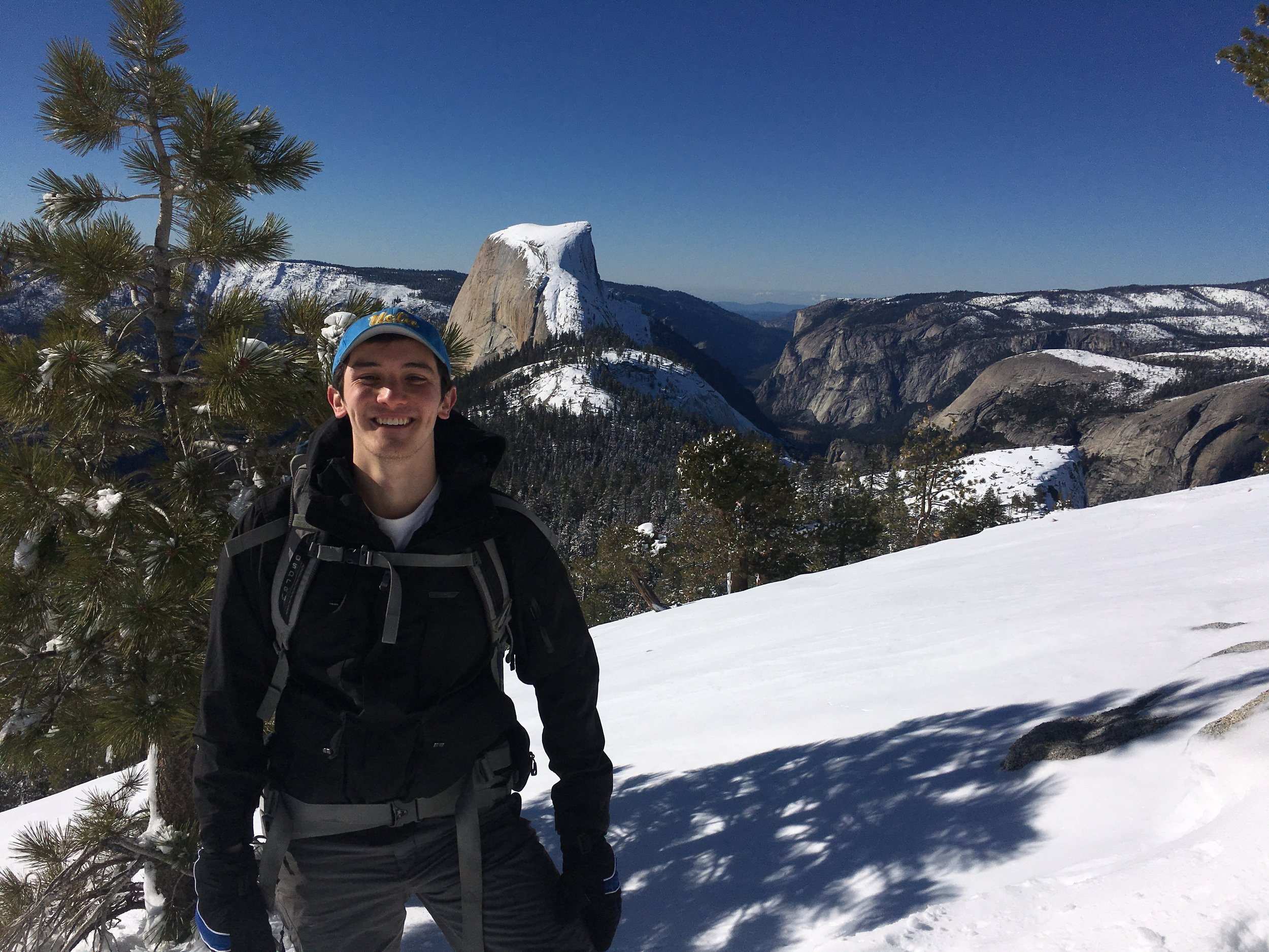 grad student - Colin Shew joined in April as part of the IGG grad group having graduated from UCLA. With a general interest in evolution and mountaineering, he will focus on human duplications and gene regulation.