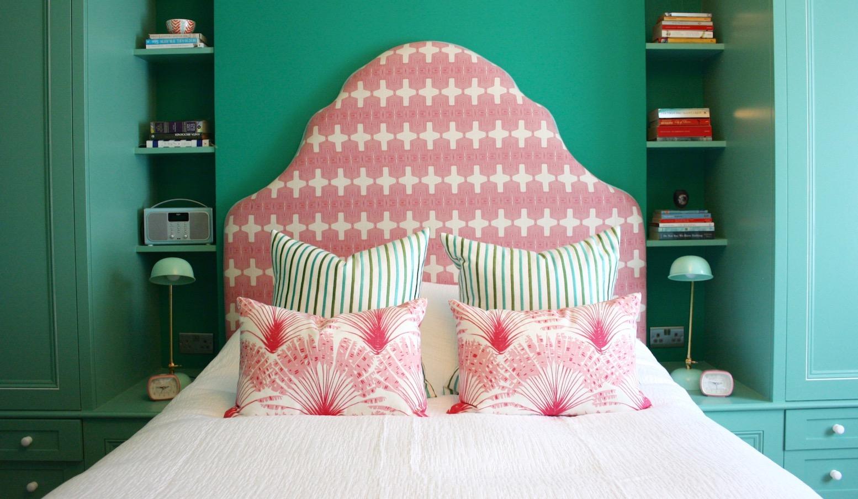 22 Master Bed.jpg