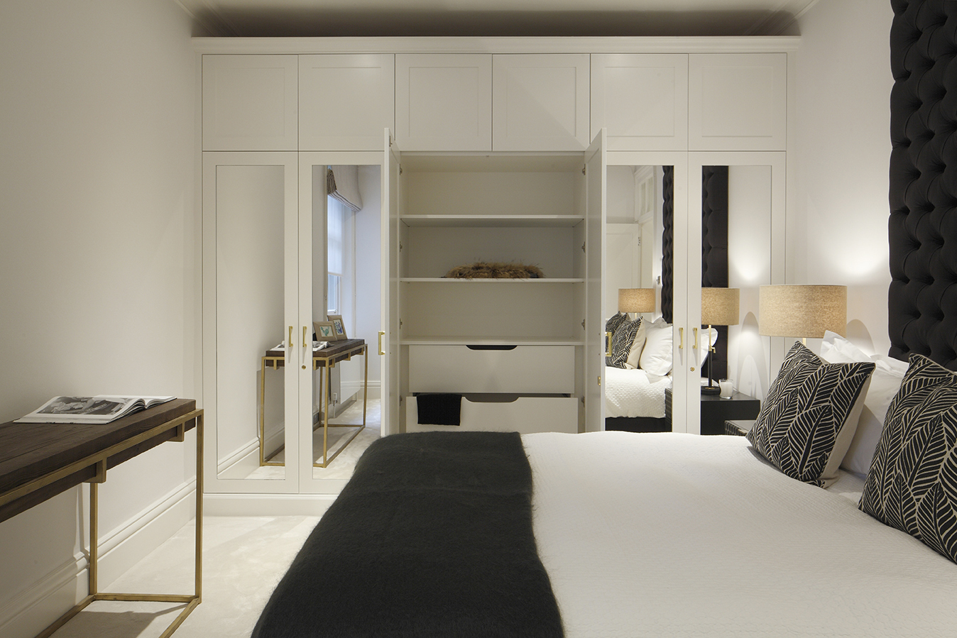 NW1 - Master bedroom - Dispaying the joinery interior.jpg