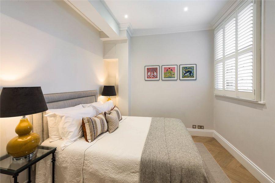 74 Elm Park Gardens Bedroom 2 8.jpg