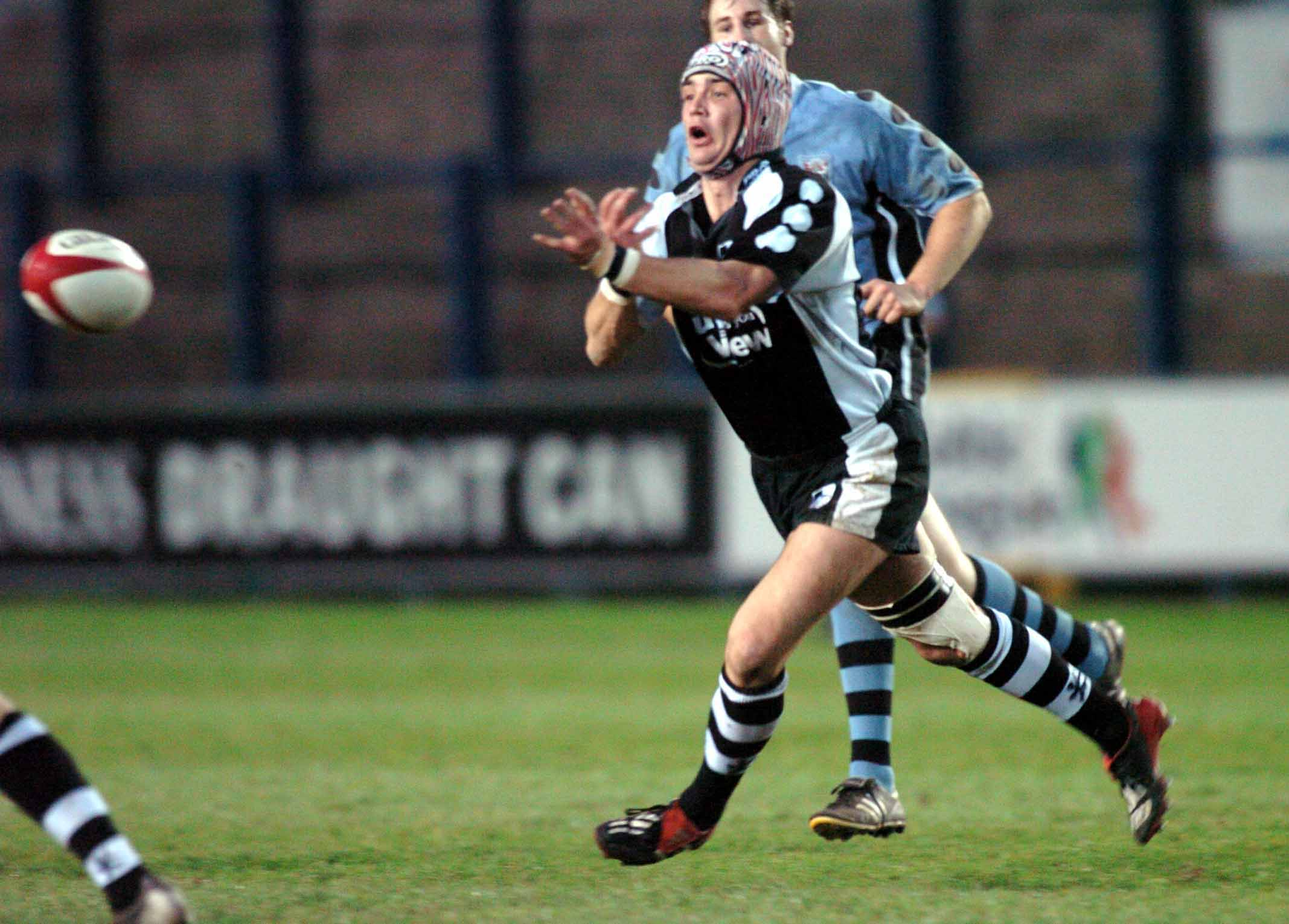 Paul Matthews playing for Pontypridd against Cardiff in 2004