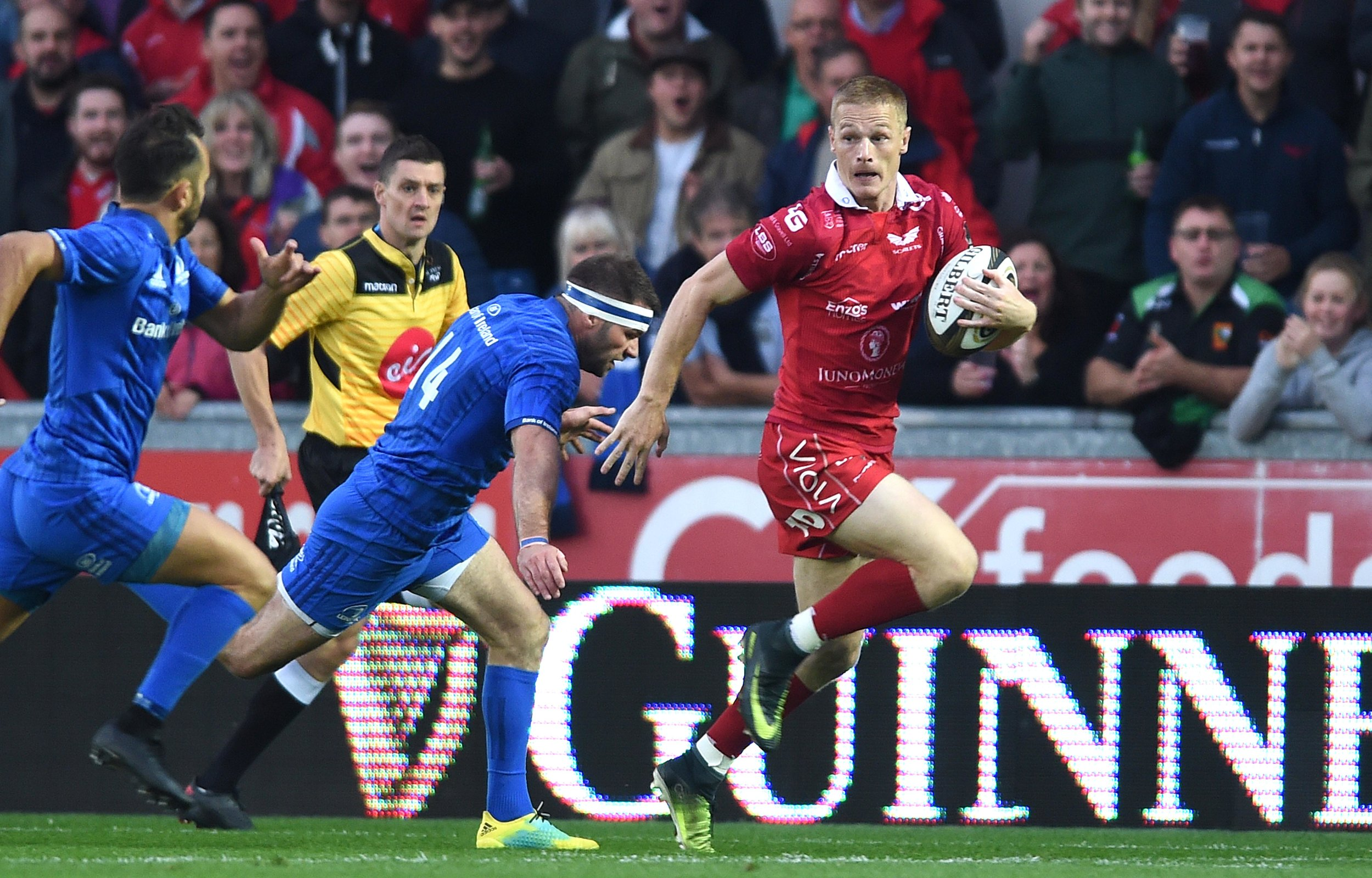 Johnny McNicholl in action against Leinster last week