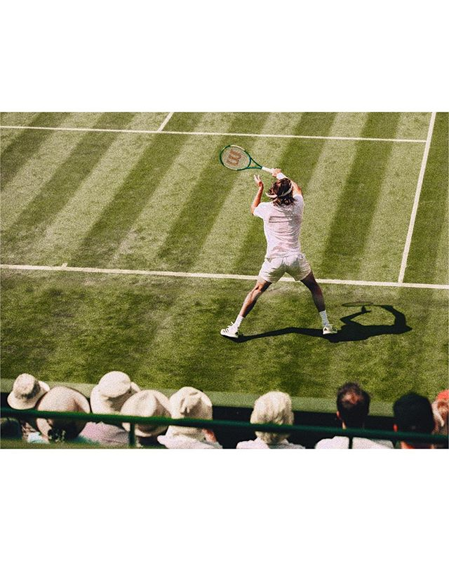 wimbledon sights 🎾  an elegantly, distinctly, and authentically (@david.oscroft) london experience 🇬🇧 @poloralphlauren @ralphlauren — @eddhorder @robbiel1 — #wimbledon2019 #wimbledon #AELTC #london #tennis #thechampionships